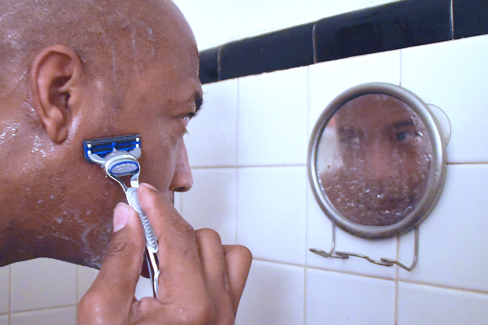 How To Get Rid Of Razor Bumps Home Remedies   Get Note IT